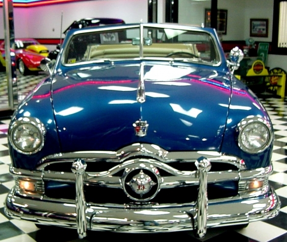 1950 Ford Shoebox for Sale http://classicvirus.com/2013/01/10/sparkling-shoebox-1950-ford-custom-deluxe-convertible/