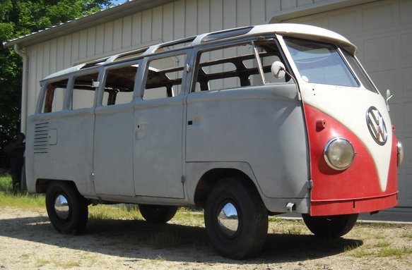 1960 volkswagen microbus de luxe related infomation for Garage volkswagen condom