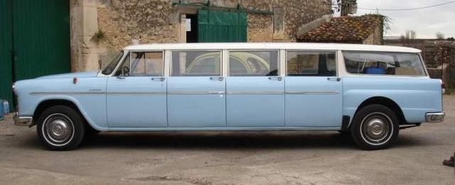 Big Family Car: 1968 Checker Aerobus