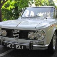 Twin spark fury: 1970 Alfa Romeo Giulia Super
