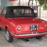 Red but understated: 1965 Fiat 850 Spider by Vignale