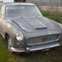 Dirt and gray: 1960 Lancia Flaminia Coupé by Pininfarina