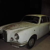 """Compact luxury: 1955 Fiat 600 """"Rendez Vous"""" by Vignale"""
