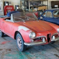 Accurate metal work: 1962 Alfa Romeo Giulietta Spider Veloce