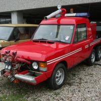 Streets on fire: 1977 Range Rover Commando by Carmichael