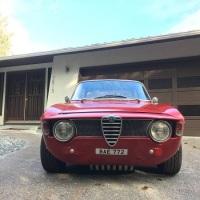 Red bae: 1964 Alfa Romeo Giulia Sprint GT