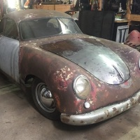Restoration day: 1953 and 1955 Porsche 356 Coupé