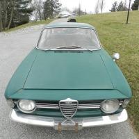 Pine green: 1967 Alfa Romeo Giulia Sprint GT Veloce