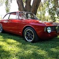 Paddle style: 1965 Alfa Romeo Giulia Sprint GT
