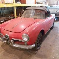 Pale red: 1958 Alfa Romeo Giulietta Spider