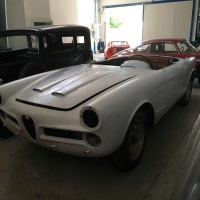 Half done: 1959 Alfa Romeo 2000 Spider by Touring
