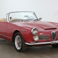 Two tops and wire wheels: 1965 Alfa Romeo 2600 Spider by Touring