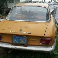 Actor's yellow: 1970 Alfa Romeo 1750 GT Veloce