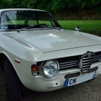Racing look: 1967 Alfa Romeo Giulia Sprint GT Veloce