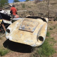 Empty shell: 1957 VW-Devin D 295