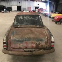 Considerable repair: 1963 Alfa Romeo 2600 Spider by Touring