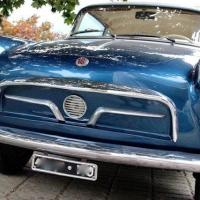Blue outside: 1957 Fiat 600 Granluce by Viotti