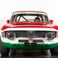 Tricolor: 1965 Alfa Romeo Giulia Sprint GTA